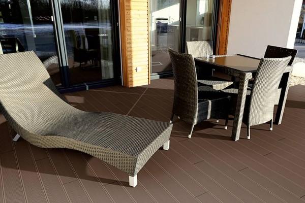 WPC Terrassendiele Komplettbausatz Topline 3900 mm Mahagoni